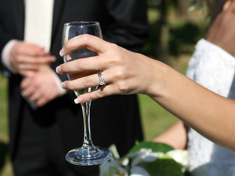 the-importance-of-selecting-your-wedding-party