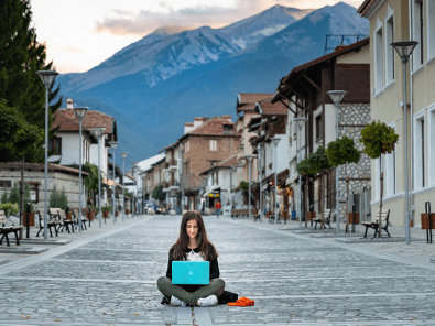 how-to-become-a-socially-conscious-digital-nomad